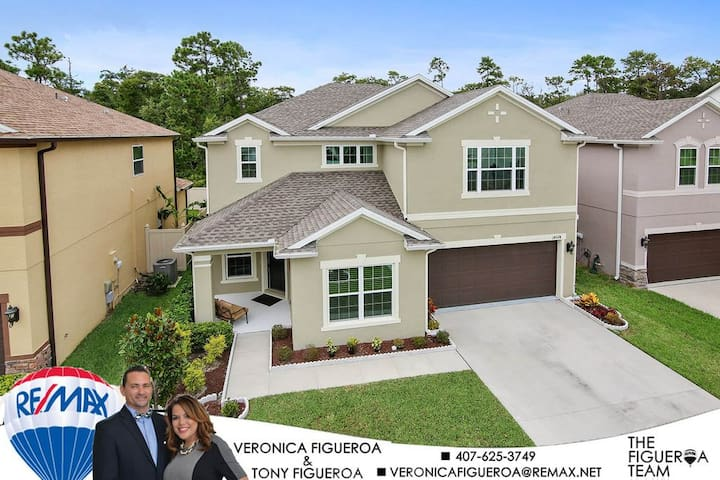 Beautiful, Cozy home with private bedroom near UCF - Orlando - Casa