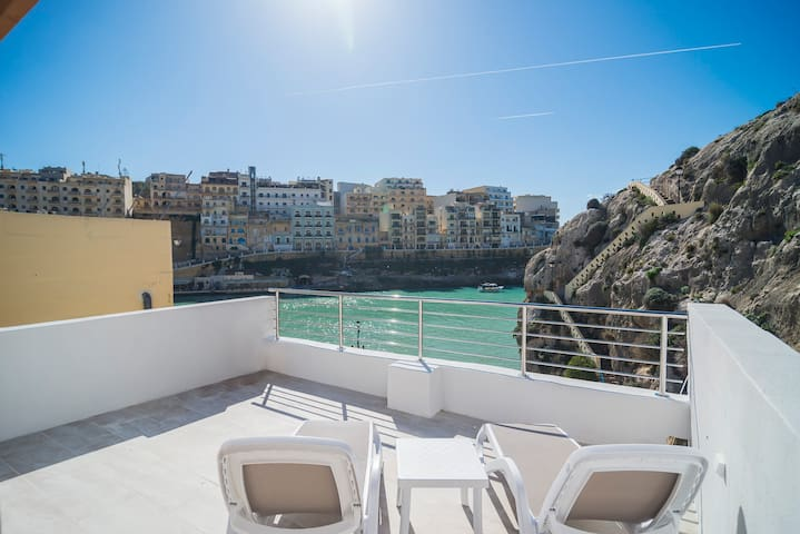 Apartment with amazing view close to the sea - Xlendi - Byt