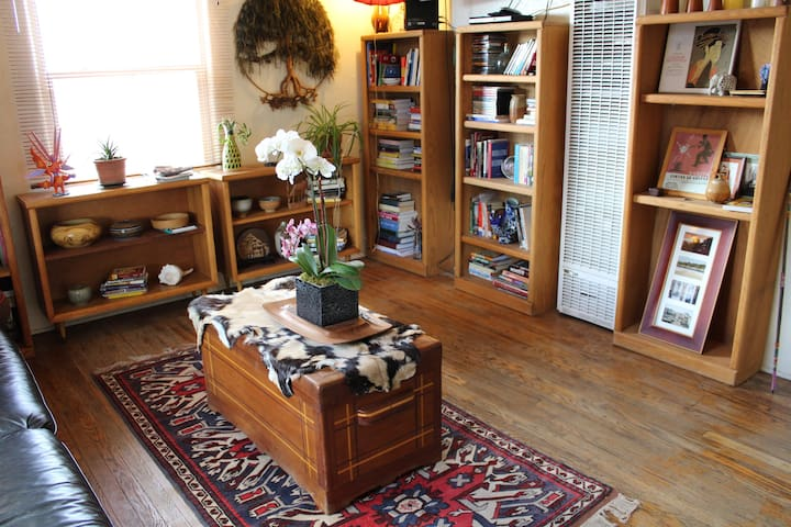 Bohemian Hideaway Near Downtown - Albuquerque - Appartement