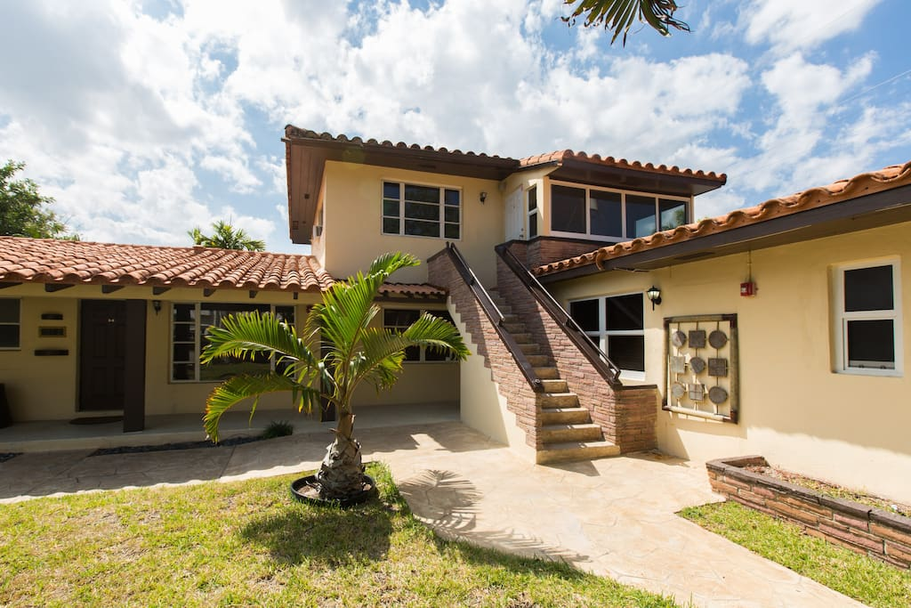 Villa 7 Beautiful 2bed 2bath Apartment Apartments For Rent In Fort Lauderdale Florida