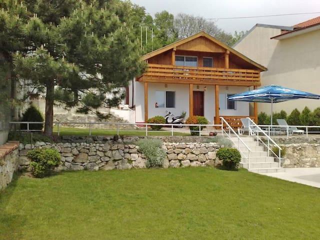 New listing! Holiday House near Kabakum Beach - Várna - Ház