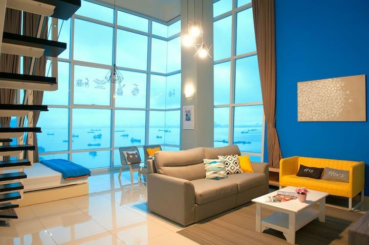 Georgetown 180° Sunrise Seaview Duplex Suite - George Town - Condominium