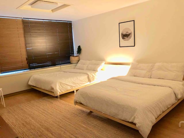 [City view2]Hongdae cozy room/hongik univ stn.1min