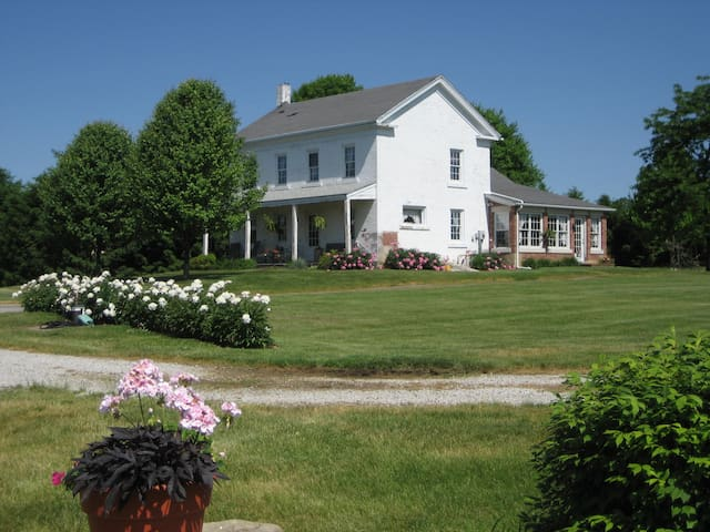 Beautiful Farm House - Louisville - House