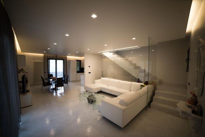 Ampio appartamento a Dogana di San Marino - Dogana - Casa