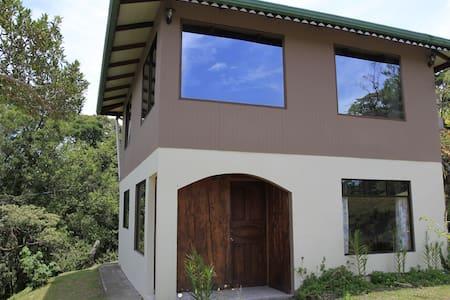 Casa Capulin & Farm - Monteverde - Cabin