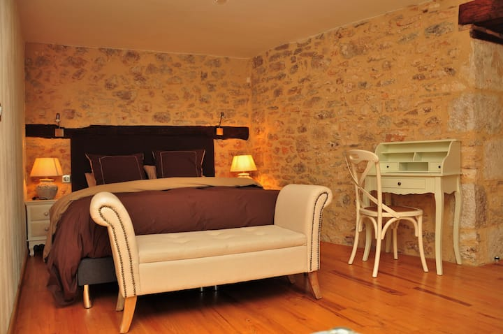 Confortable chambre Patine au cœur du Parc naturel