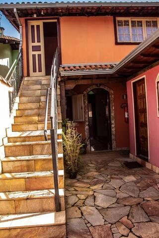 Casa Mestre Ataíde - 2 Suítes em Ouro Preto