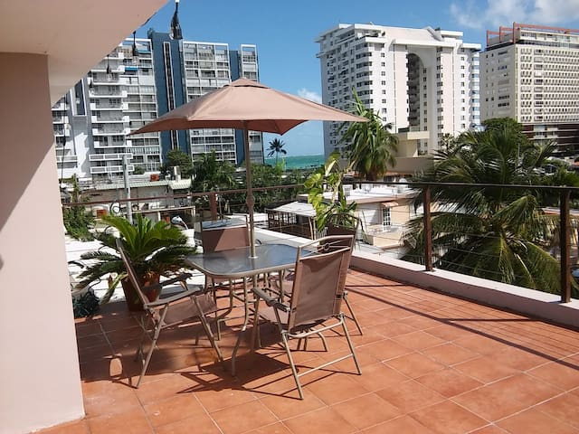 Isla Verde Apt. with Private Roof Top Deck