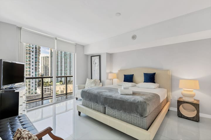 Amazing 1 Bedroom Lux-Apt at Icon Brickell