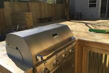Kentucky Blue~VIP Party Deck BBQ Firepit-Sleeps 8