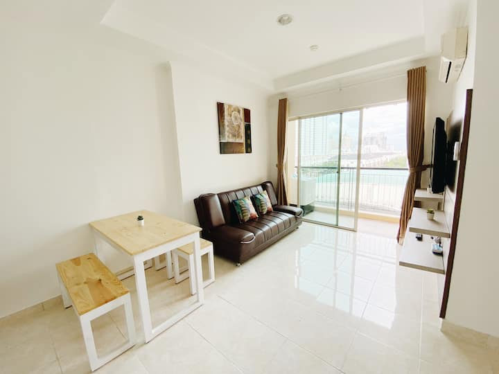 RARE FIND! Modern & Spacious 2BR Apartment @ MOI