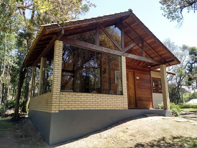 Casa confortável e bem equipada em local lindo