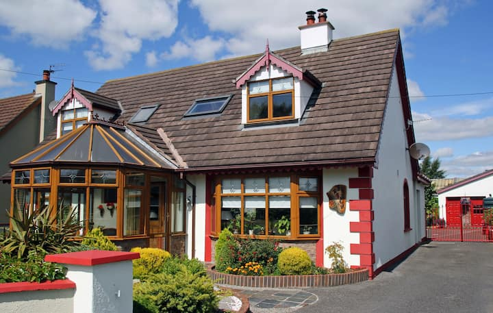 Robins Rest, MONASTEREVIN, Single Bedroom