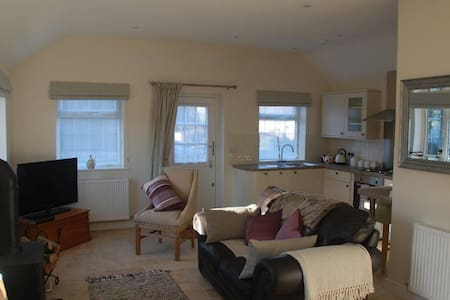 Barn Annexe - Moreton-in-Marsh - Apartment - 2