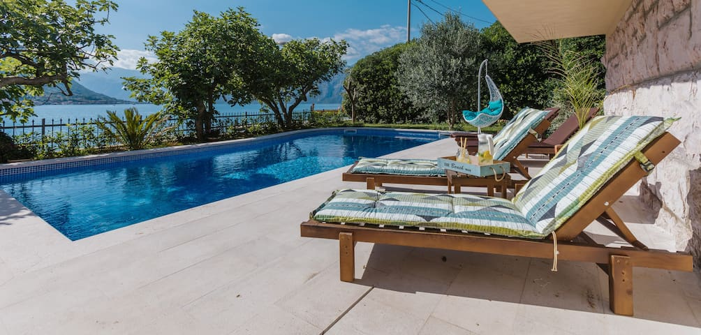 Holiday Home Villa Radanovic