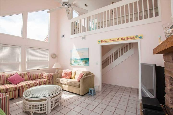 "Grayton Beach ""Inn The Pink"" 95 High Dune Drive (House)"