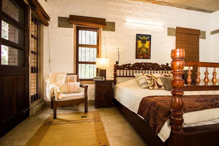 Jahaan -  Luxury Farm Cottage 40 mins from Gurgaon
