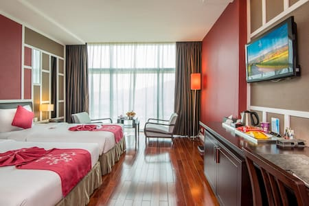 Premium double room at Royal Lotus hotel Halong 4* - Thành phố Hạ Long - Bed & Breakfast