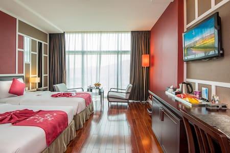 Premium double room at Royal Lotus hotel Halong 4* - Thành phố Hạ Long - Inap sarapan