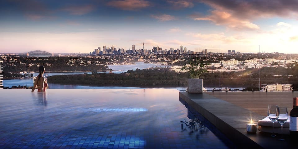 Unwind & relax with view, infinity pool & dining