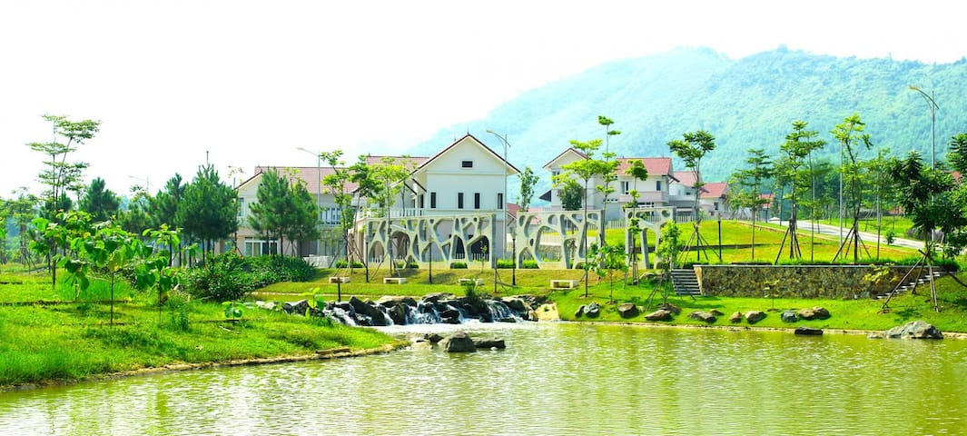 XIFA Villa, 4BR, Xanh Villas Resort&Spa near Hanoi