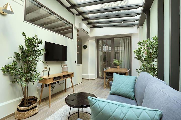 Sublime and new apartment Saint Germain des Près