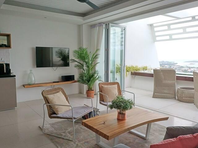 3 Bed Stunning Villa with Sea Views