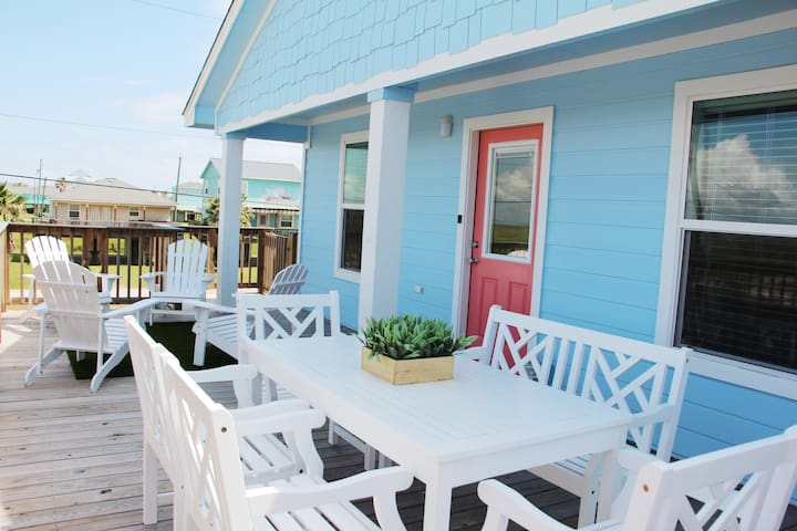 Kid Friendly~Beach House~3BR~Walk to Beach