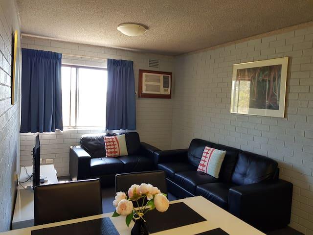 (303) 2 Bedroom Apartment in Perth CBD