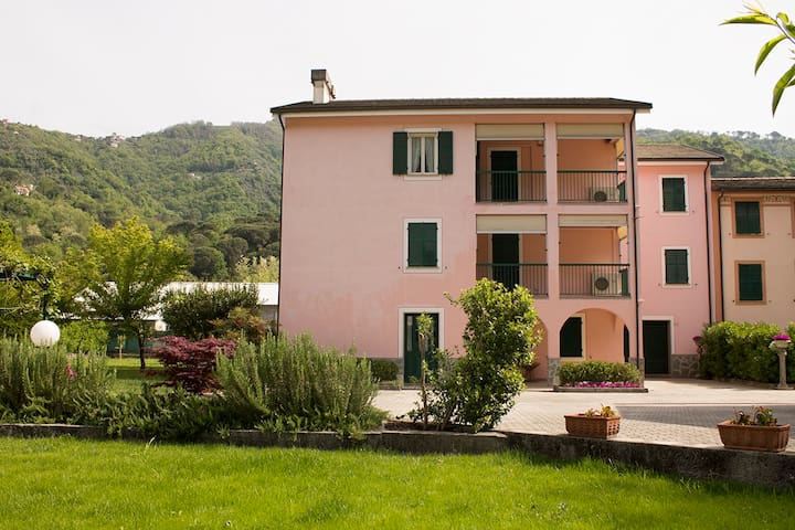 Stea Guest House - Pian di Coreglia - Apartment