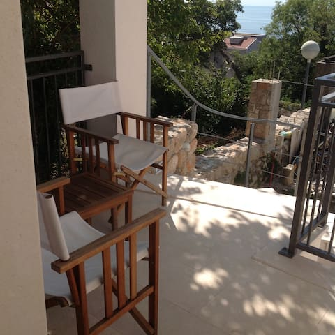 Relax DU- 10 min from Old city & terrace & parking