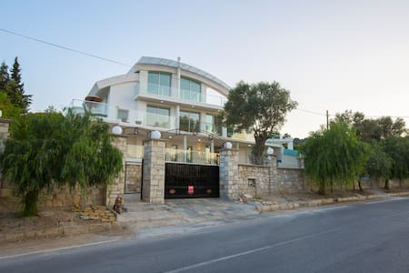 Villa , seaview, private swimmingpool, sauna - Urla