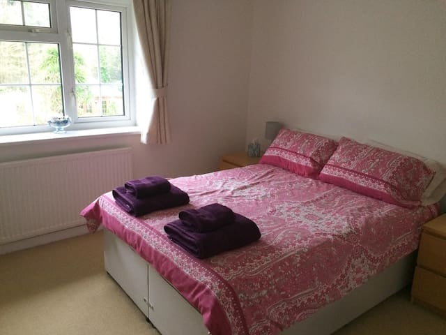 Cosy double room near Calshot Beach - Hampshire - Rumah