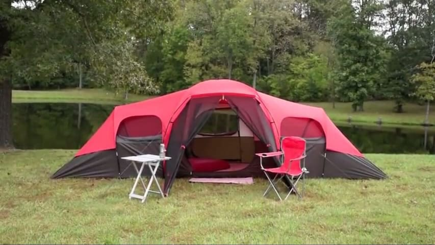 10 person Cabin Tent. (#10)