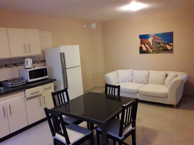 Midea appartments and car rental