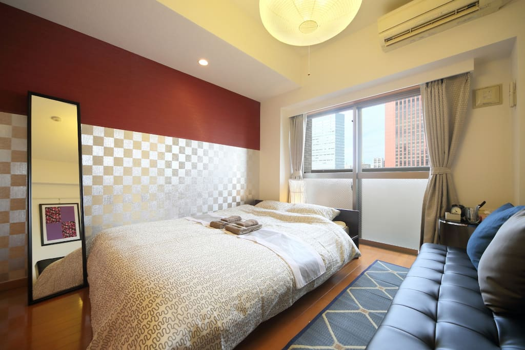 Studio Apartment with one double bed and one single sofa bed