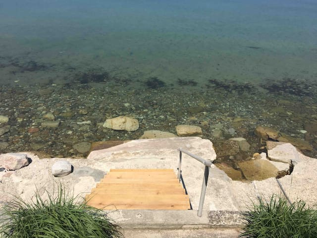 New stairs down to the water July 2019.