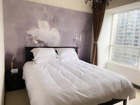 八岁法式浪漫情侣私密房,近财富中心,欣都龙城,甘美医院,沃尔玛