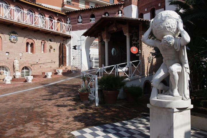 FILM & ART CASTLE in Rome