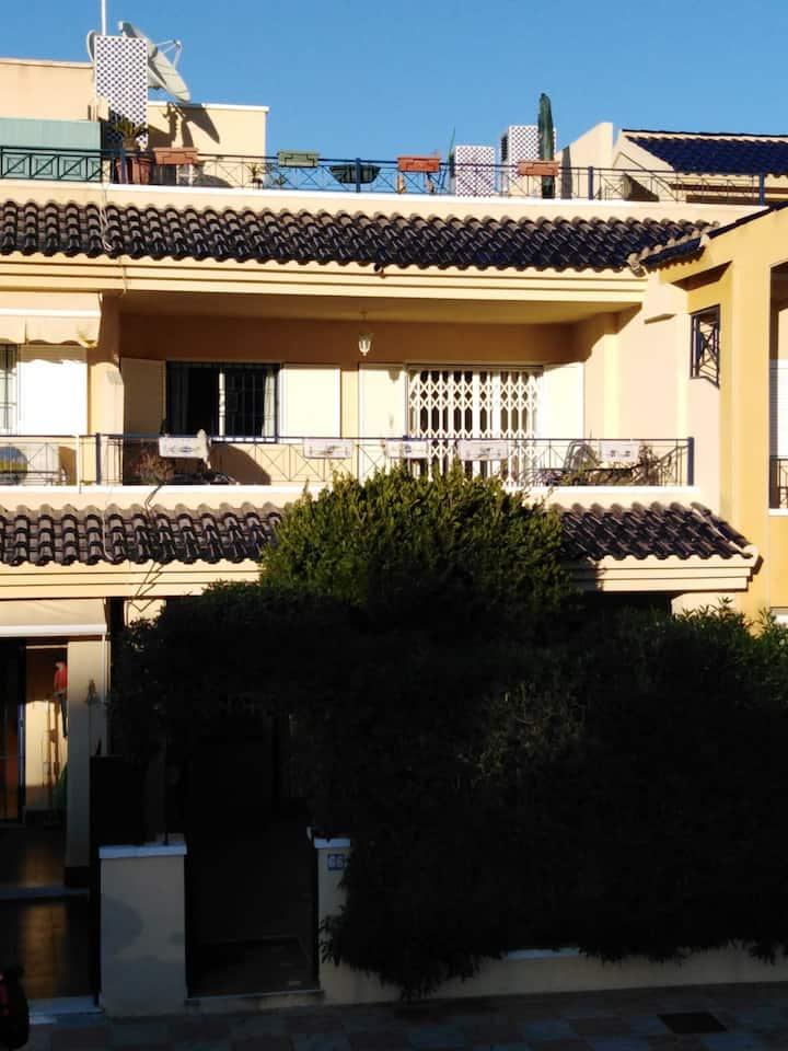 R50 - HOLIDAY HOUSE IN URB NOVAMAR 4 GRAN ALACANT