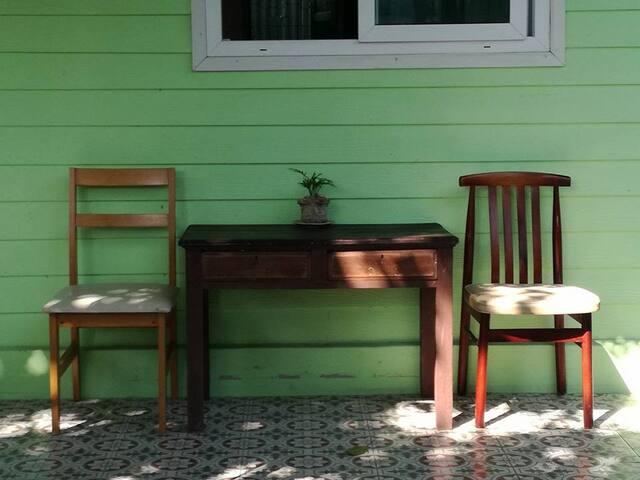 CACTOAST CAFE' - Bangkok - Talo