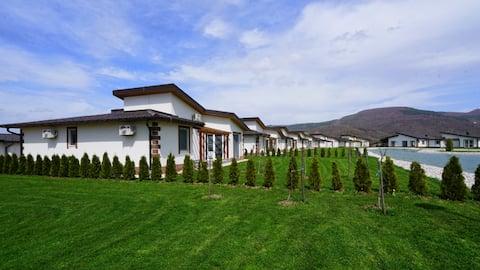 Lake House (6)