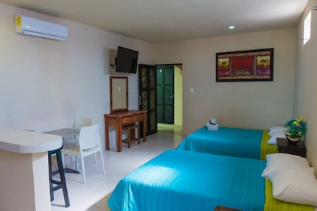 #15 Big hotel room with partial ocean view - Isla Mujeres - Boutique hotel