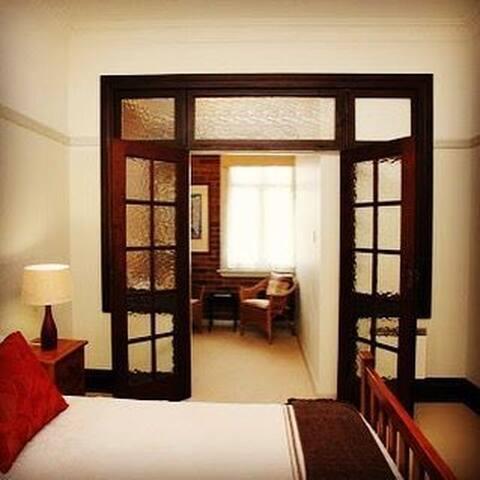 Queen Bedded Suite