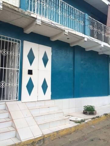 Funky Apartment a Block from the beach in SJDS - San Juan del Sur - Apartmen