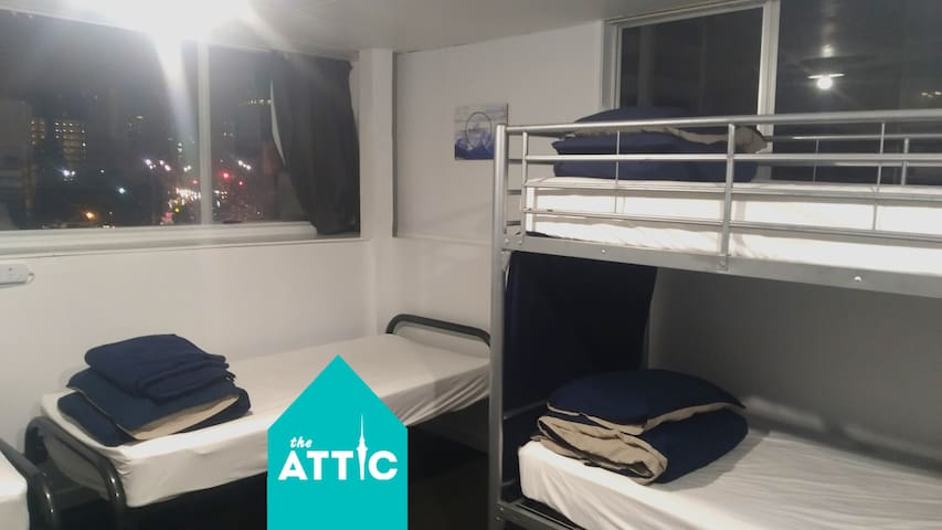 Private 8-Bed Dorm GREAT for Friends & Groups!