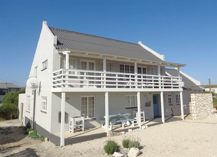 Pearly Beach Holiday Home