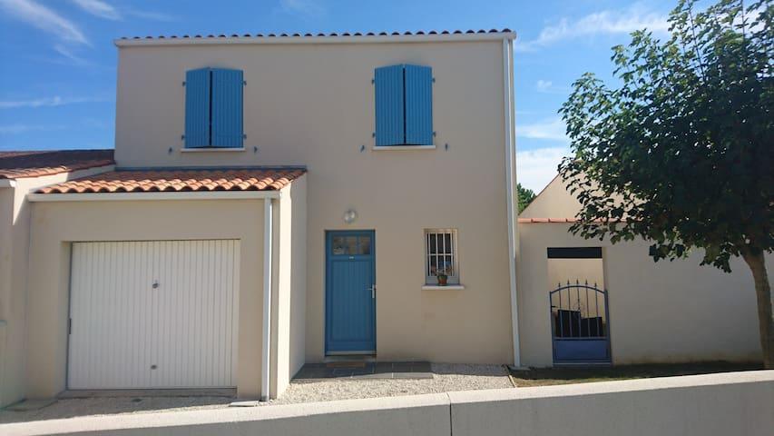 maison de 95m2 trés proche rochefort - Échillais - Hus