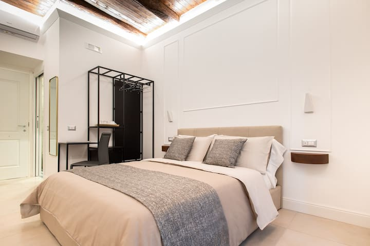 FAGÌ  Exclusive Rooms In The Heart Of Naples